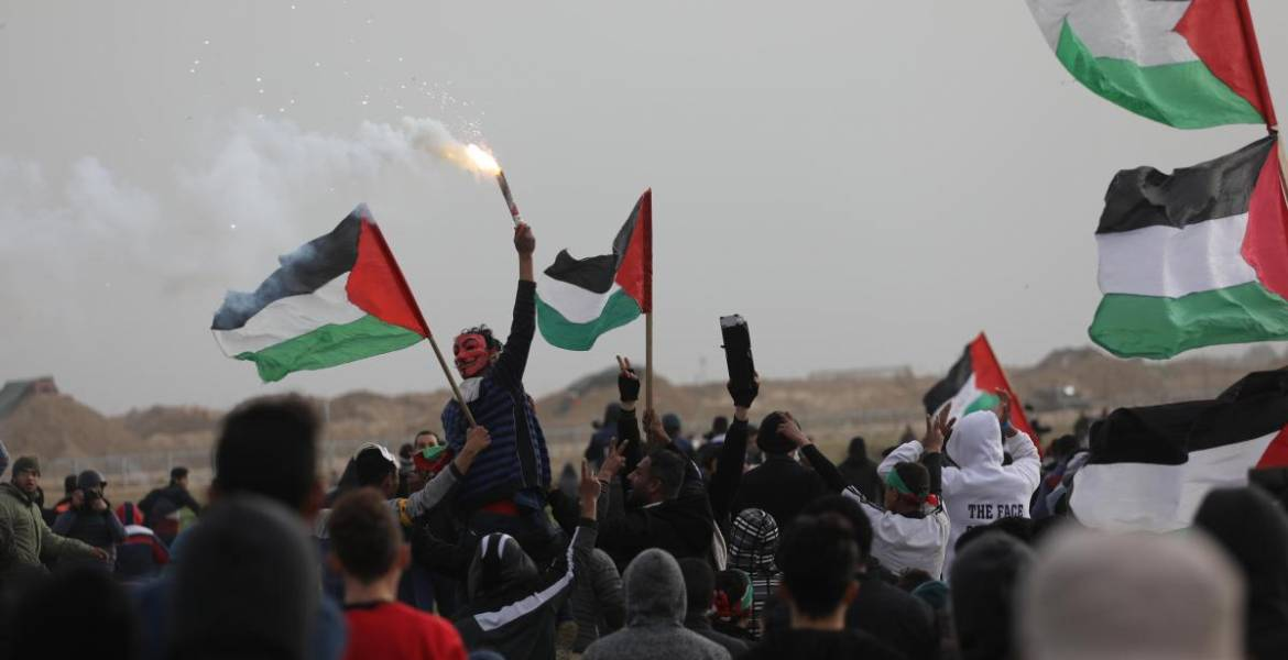 Opinion: The reality about 'we want to live' riots in Gaza