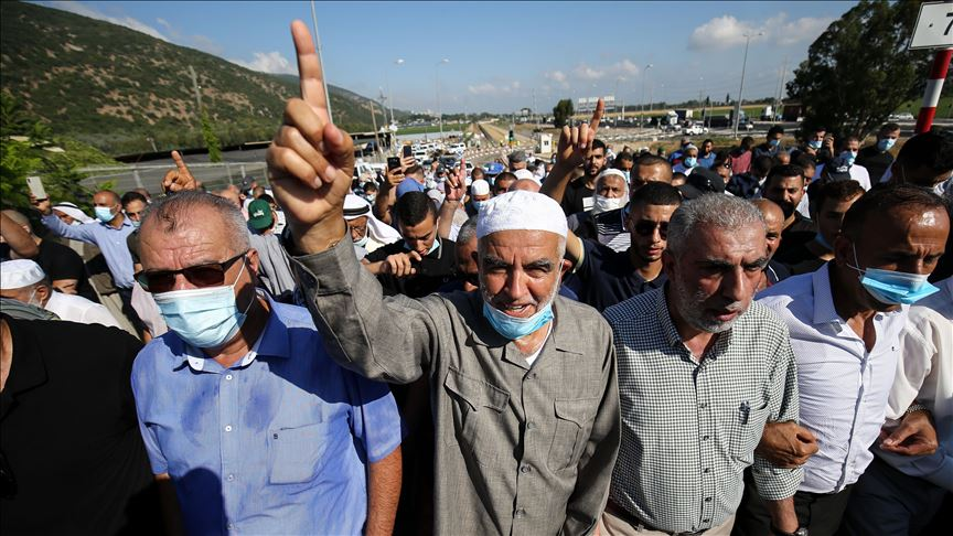 Palestinian icon Raed Salah returns to Israeli prison