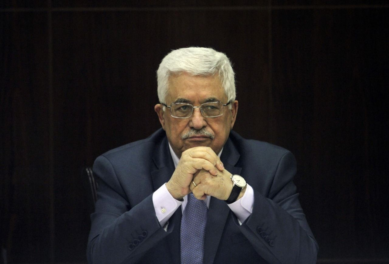 Palestinian leader Abbas offers apology for remarks on Jews