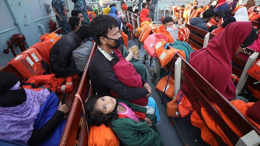 Rakhine oppressed people between two fires