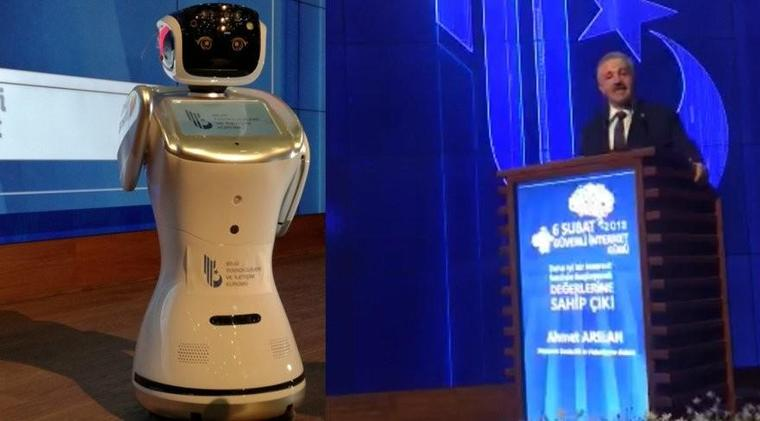 Robot silenced for interrupting Turkish minister's speech in Ankara