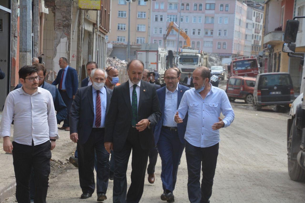 Saadet delegation made investigations in Bozkurt after the flood disaster