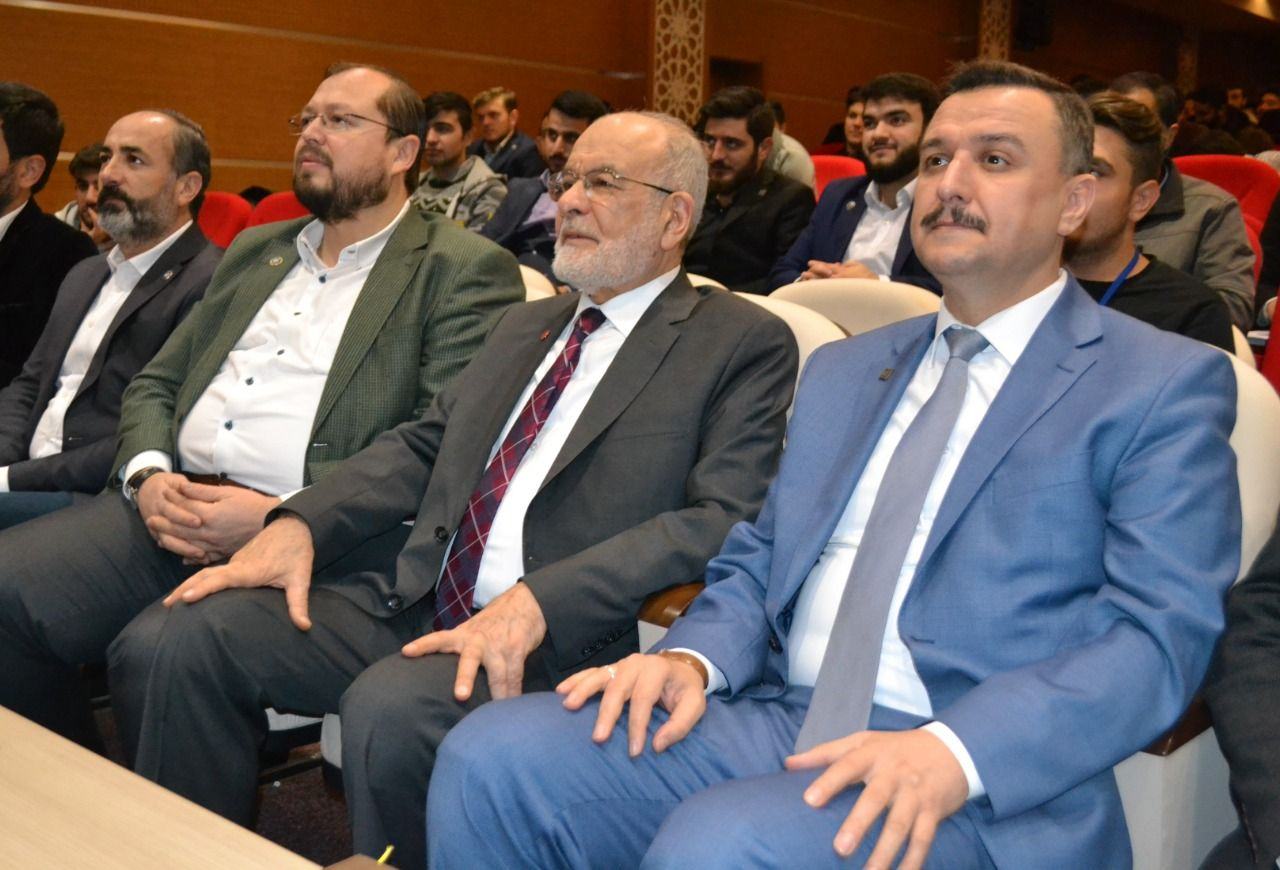 """Saadet leader Karamollaoglu: """"Be a good example to others"""""""