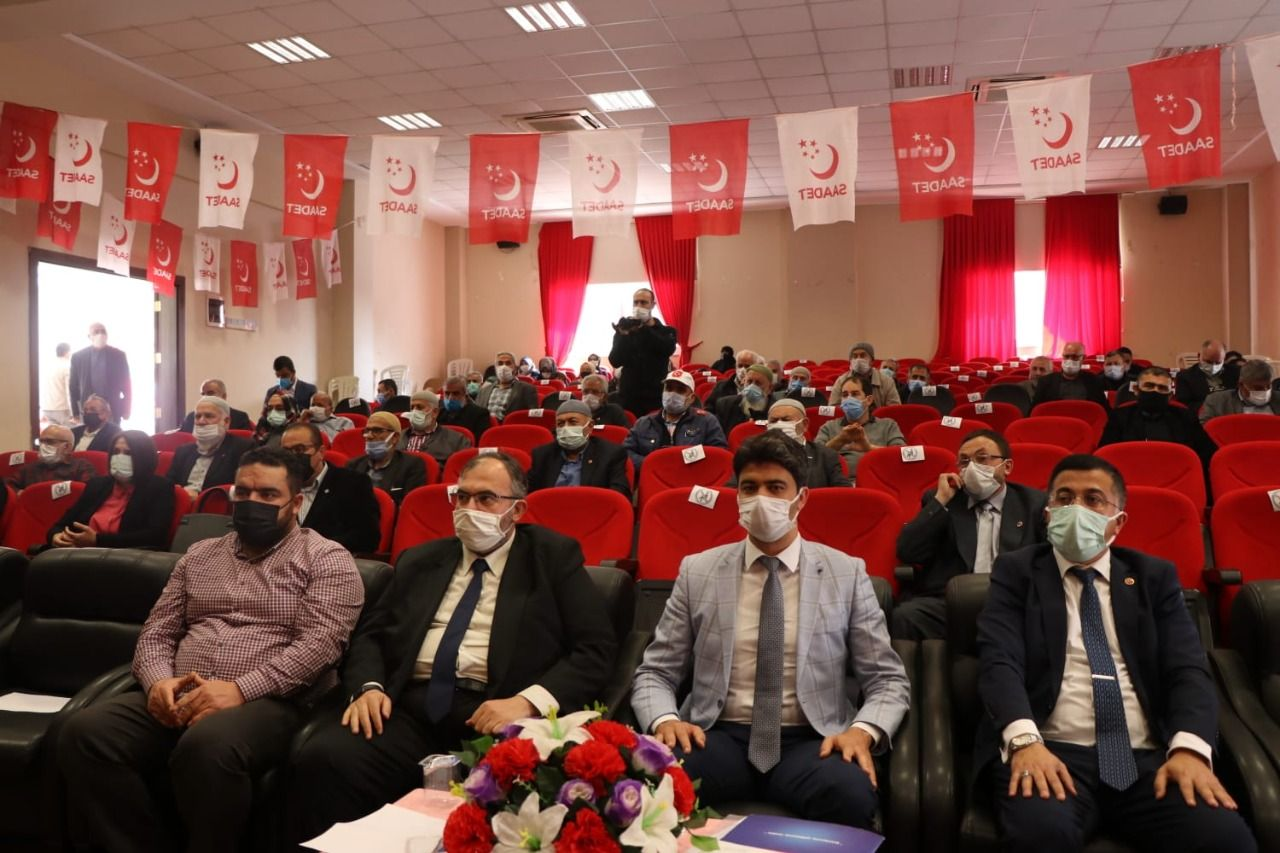 Saadet Party at the center of alliances