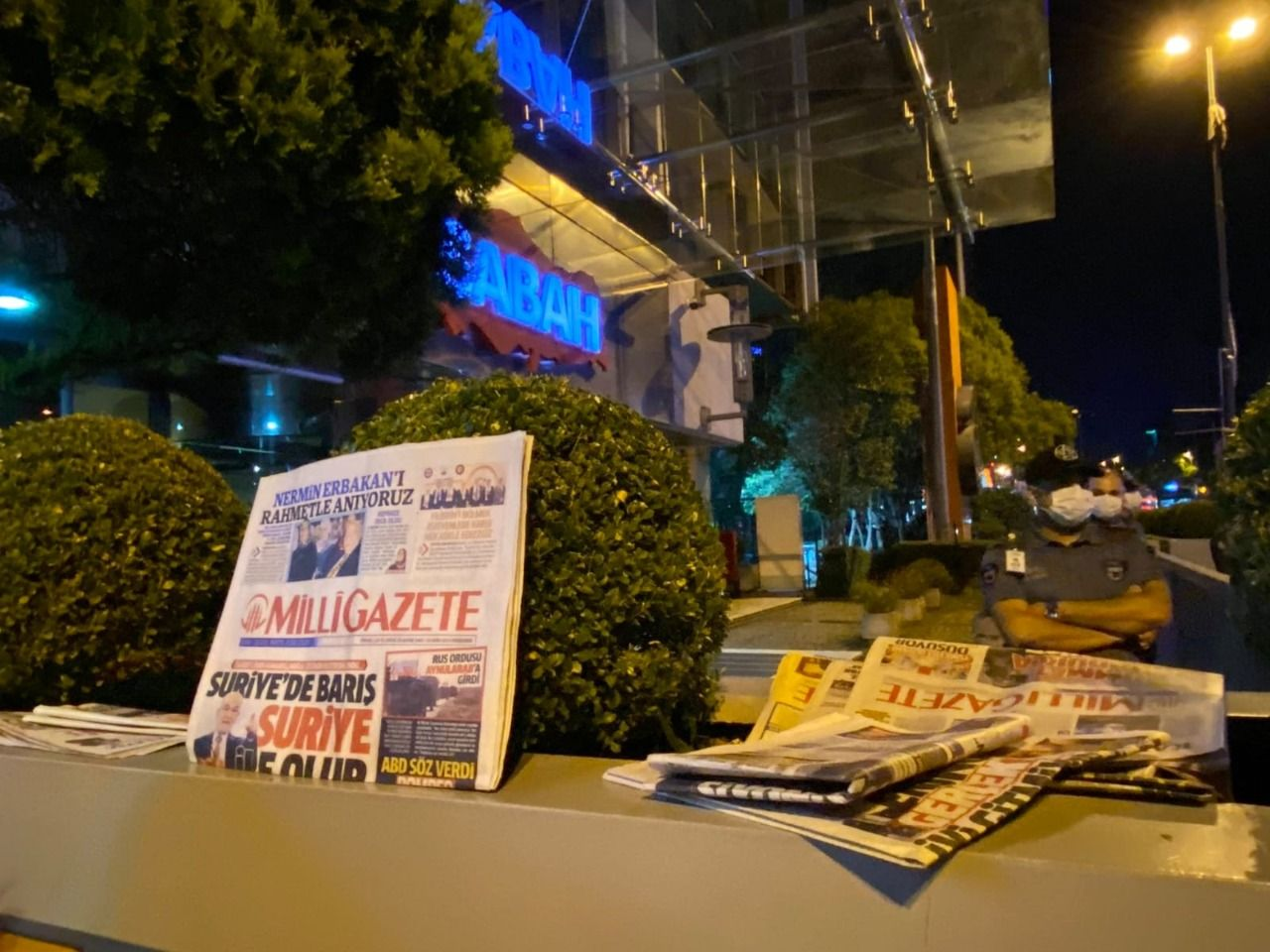 Saadet Party Istanbul Youth Branch protests pro-govt newspaper