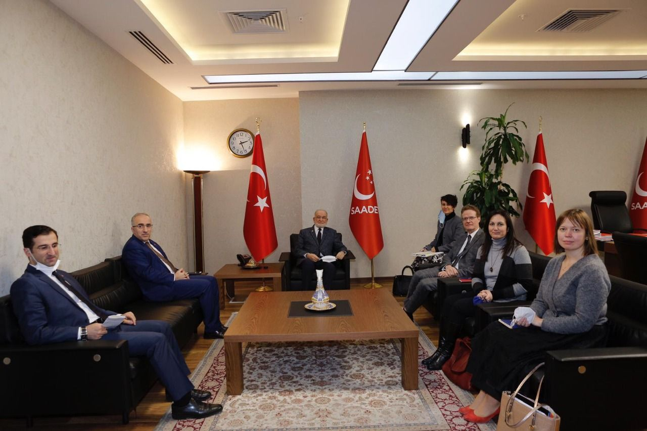 Saadet Party leader Karamollaoğlu receives EU delegation