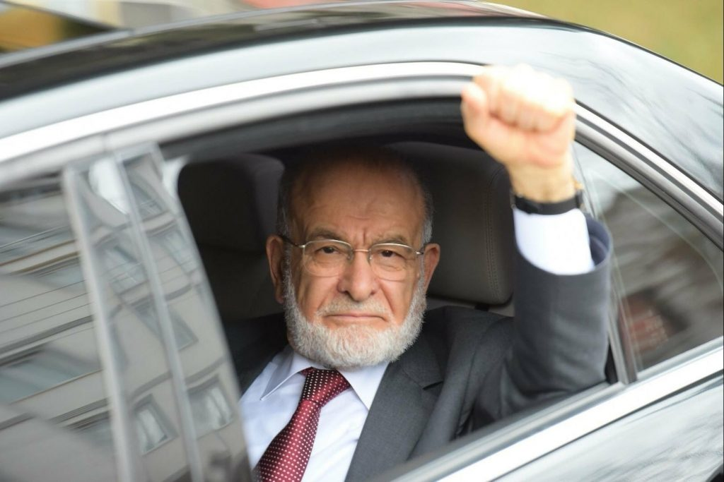 Saadet Party leader Temel Karamollaoglu to cast ballot in Ankara