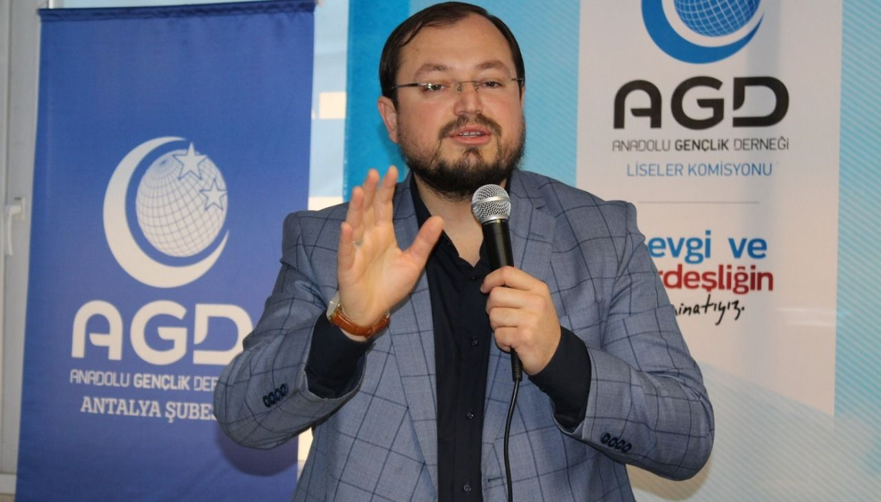 "Salih Turhan: ""Tawhid and justice are two basic concepts"""