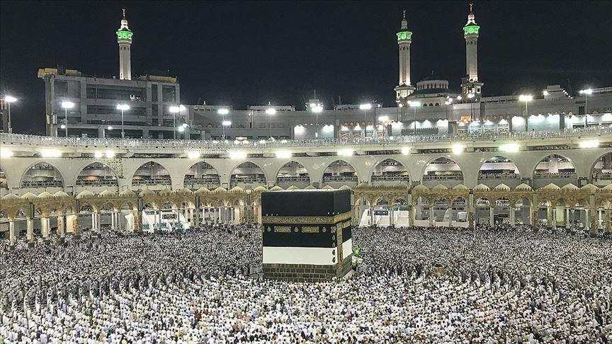 Saudi Arabia resumes Umrah after 6-month hiatus