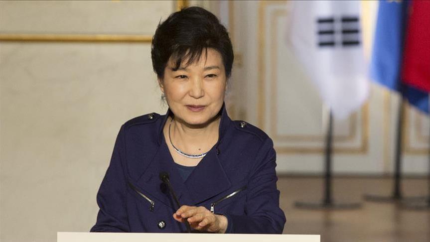 Secret confidante defends impeached S Korean president