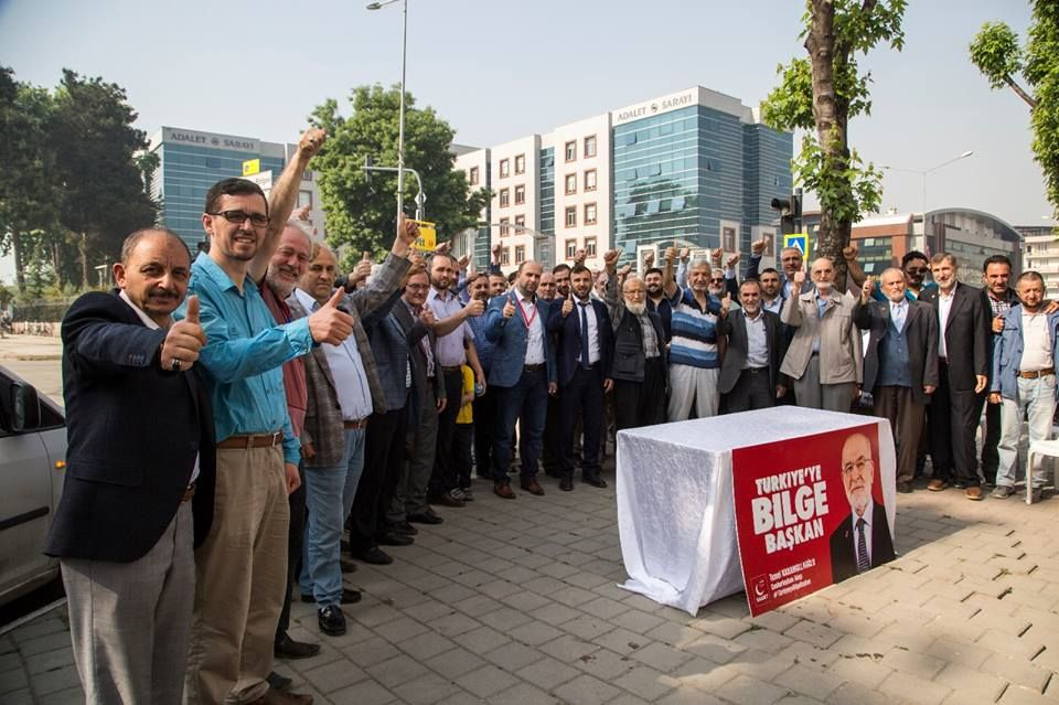 Signature campaign for Saadet Party presidential candidate
