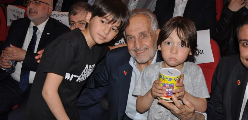 Significant support from children for Saadet Party headquarters building