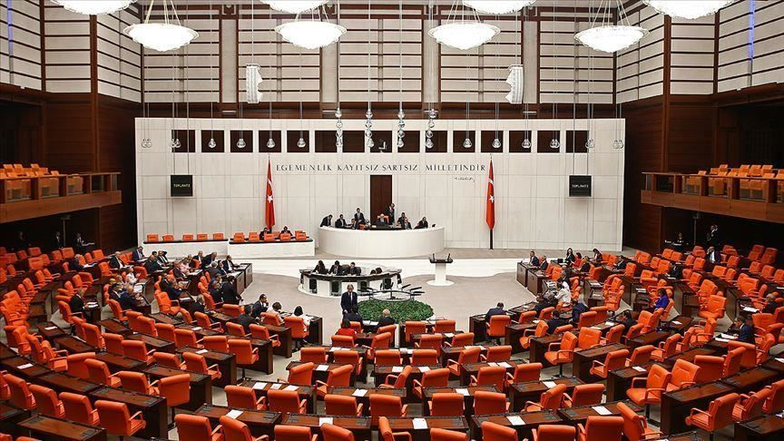 Snap elections on the agenda in the Parliament
