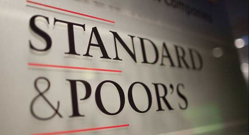 Standard and Poor's: We think risk of a banking crisis is still high