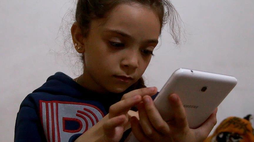 Syrian Girl Bana tweets from war-torn Syrian city