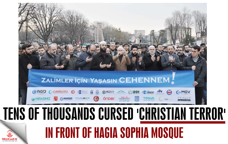 Tens of thousands cursed Christian Terror in front of the Hagia Sophia Mosque