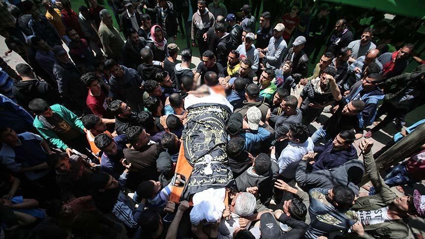 Terrorist Israeli army martyrs Palestinian man in Gaza strip