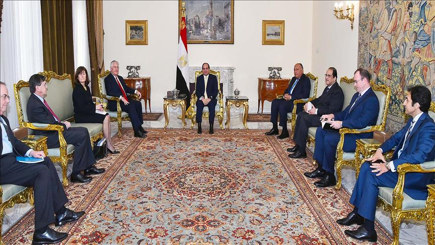 Tillerson visits Egypts Sisi at start of Mideast tour