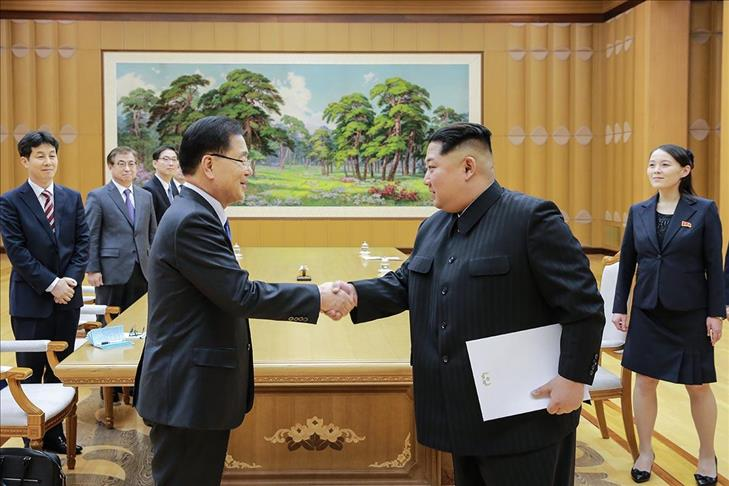 Trump, South Korea's Moon discuss engagement with North