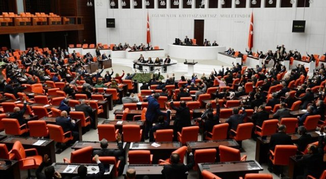 Turkey extends state of emergency
