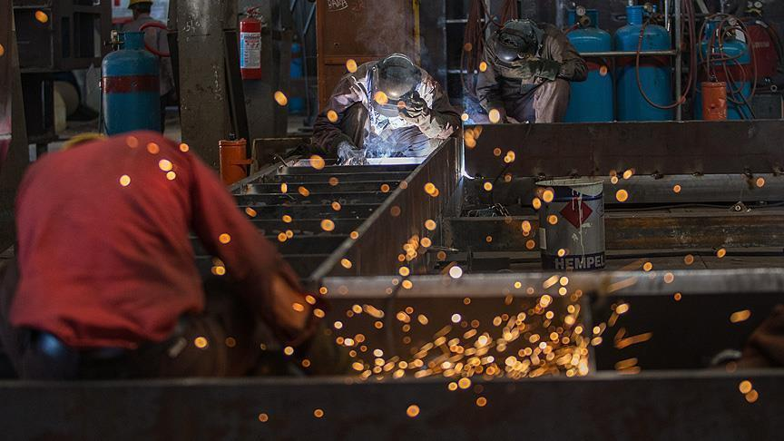 Turkey's industrial production rises in October