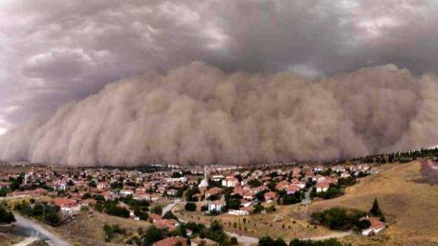 Turkish Capital Ankara hit by massive sandstorm, 6 injured