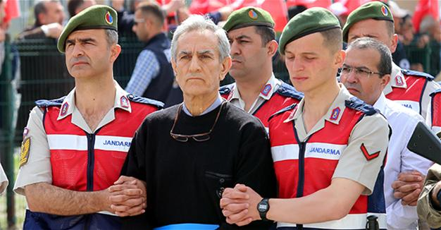 Turkish coup attempt general 'turned into robot' on Gülen's order: Head of gendarmerie