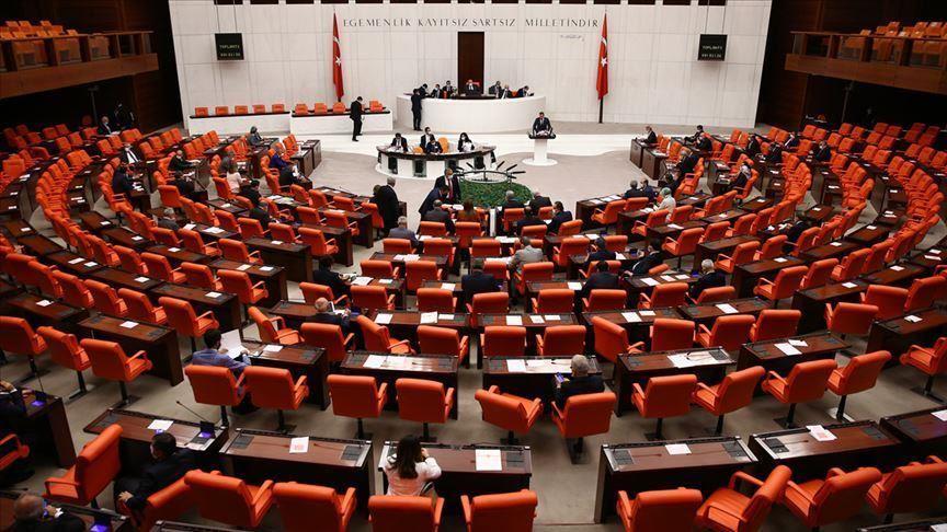 Turkish parliament ratifies motion on Iraq, Syria