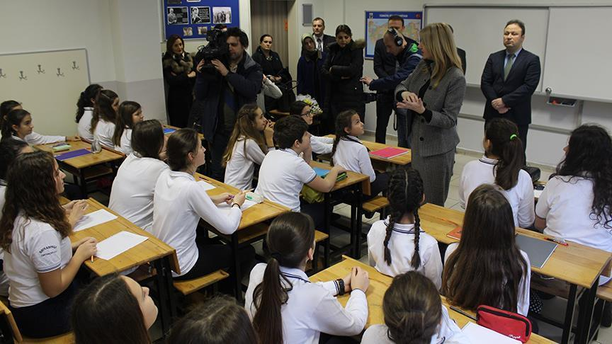 Turkish students start learning Bosnian