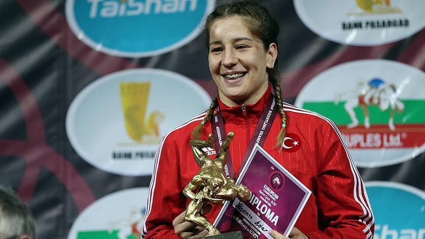 Turkish wrestler wins gold in European championships