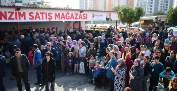 Voters respond to the threats of the People's Alliance in polls