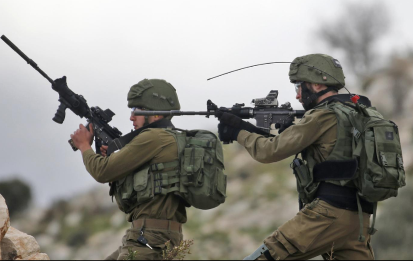 Zionist forces martyr three Palestinians, wound 1 in West Bank