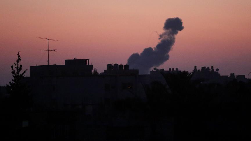 Zionist Israel regime conducts airstrikes on Gaza Strip