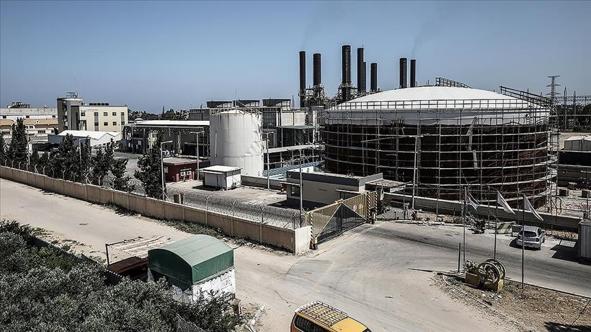 Zionist regime bans entry of fuel for Gaza power plant