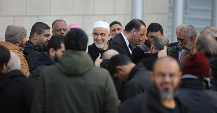 Zionists sentence Sheikh Raed Salah to 28 months in jail